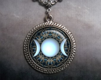 Triple Moon Goddess necklace, goddess jewelry symbolic jewelry Wiccan jewelry pagan jewelry Goddess pendant Moon Goddess jewelry
