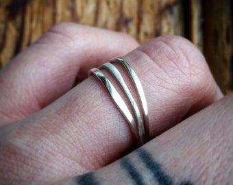 Sterling Silver Stacking Bands (Set of 3) Sterling Silver Stackable Rings Set of Three Rings Polished Silver Hammered Silver Set of 3 Rings