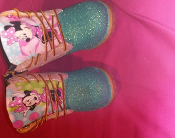 Children Minnie Mouse inspired Glittered Boots