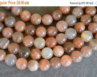 30% off SALE 8mm Moonstone Beads Natural Peach Gemstone Smooth Round Moonstone Beads (10 beads) Luxe Stone Beads Shimmery Stone Beads