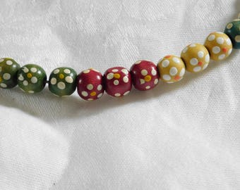 Wooden beads necklace. Multicolour painted flowers. Round necklace. Chocker necklace. Made by Félicie.