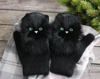 Zverovarezhki with black cats Catmittens Cat mittens  handmadefelting black Mittens cats mitten animals gloves