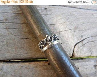 ON SALE Hearts and flowers crown ring handmade in sterling silver