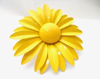 Large Mod 1960s Yellow Enamel Daisy Flower Brooch Vintage Metal Flower Pins Vintage Daisy Brooch