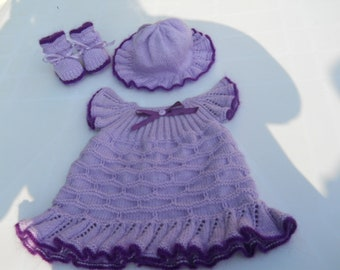 whole dress, hat and booties baby 3 months