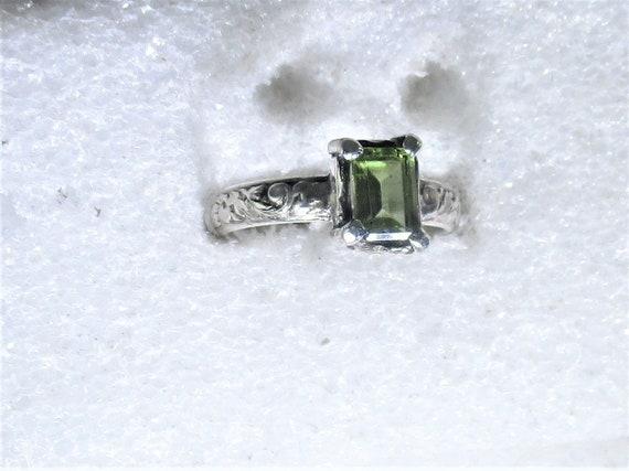 geniuine peridot gemstone handmade sterling silver statement ring sz 7 - peridot jewelry - peridot ring