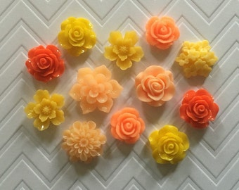 Flower Thumbtacks or Magnets Set of 12 - (#175) dorm decor, hostess gift, weddings, bridal shower, baby shower, gift, teacher gift
