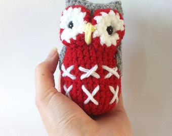 Amigurumi crochet owl in bright shades - pocket Sized cute owl - woodland nursery decor - new baby gift - owl lover- MADE TO ORDER