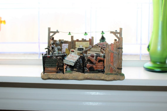Dept 56 Village Junkyard with Box 56.52861 Battery Operated