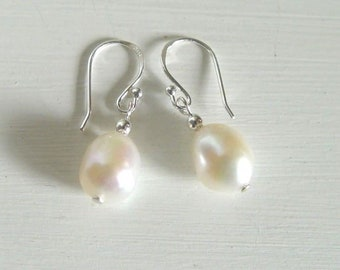 White freshwater cultured Nugget baroque Pearl drop Earrings Sterling Silver ball hooks Bridal Wedding JUNE BIRTHDAY Pouch UK