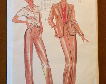 Butterick 3633 1970s Designer Evan Picone Notched Collar Jacket and Dart Fitted Pants with Waistband - Size 16