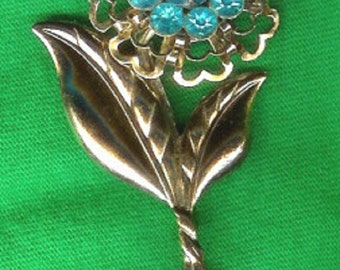1960's Vintage Blue Stone Flower Brooch/Pin-As New
