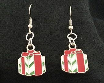 Christmas earrings - presents