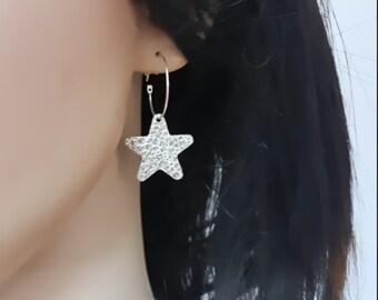 Hammered star earrings hoop, big star earrings, star hoop earrings silver, party earrings