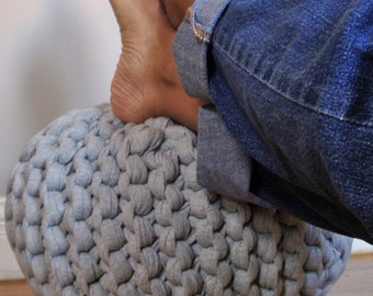 Super Chunky Knit Pouf in Heather Gray - small