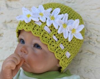 Daisy Baby Hat Crochet Pattern