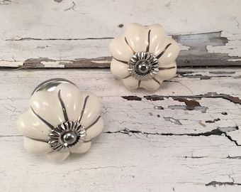 Antique White & Silver Knobs, Decorative Pull Knob, Craft Supply, Furniture Upgrade Ceramic Drawer Pulls, Home Improvement Cabinet Supplies