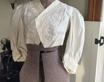 Vintage 1910s Edwardian white cotton shrug blouse