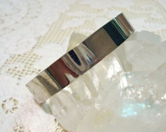 925 Sterling hinged bangle bracelet mirror finish 45 grams silver unused