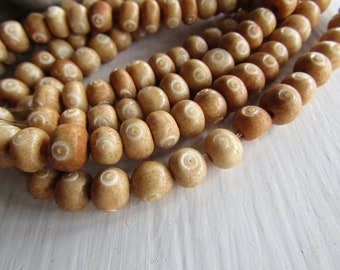brown  beige rondelle bone bead,   variations , natural Irregular look , ethnic boho style , 7mm to 9mm dia (30 beads) 6DB9-5