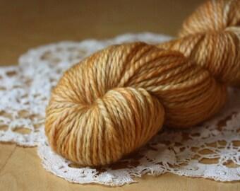 Hand Dyed Yarn / Aran Weight / Pale Pumpkin Peach Butterscotch OOAK / Superwash BFL Wool / Lambe Aran
