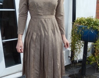 Gold 1950s party dress
