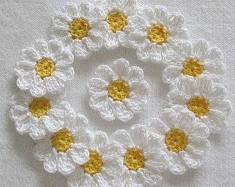Handmade Knitted lace crochet flowers daisies in crochet apply flowers flower in crochet for any garment, hats, handbags