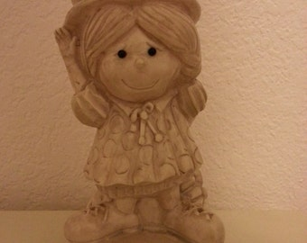 "W&R Berries Co. 1970 Figurine that says ""Be Nice To Me Or You Won't Get No Goodies"""