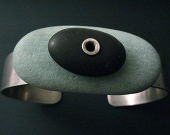 Single Stack Pebble Cuff