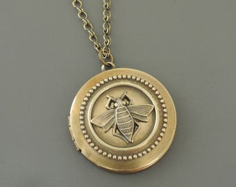 Vintage Necklace - Locket Necklace - Bee Necklace  - Brass Necklace - Bee Jewelry - Photo Locket - Save the Bees - Handmade Necklace