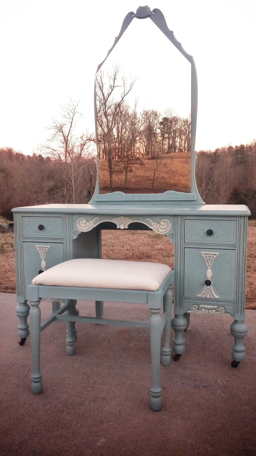 🔎zoom - SOLD EXAMPLE......Annie Sloan Chalk Paint Antique Vanity With