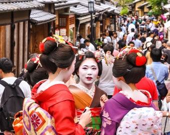 Japan Maiko Photo, Kimono Canvas Prints, Japanese Geisha, Traditional Japan, Japan Wallpaper, Home Decoration, Large Wall Art