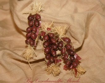 "Dollhouse miniatures ""Blond or red onions""- Artisan Handmade Miniature in 12th scale. From CosediunaltroMondo"