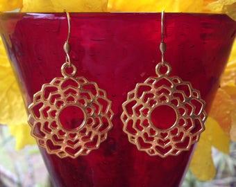 Crown Chakra Earrings. Chakra earrings. Yoga jewellery. Gold chakra. Boho earrings. Festival earrings.Gift idea. Yoga earrings.Gift for her