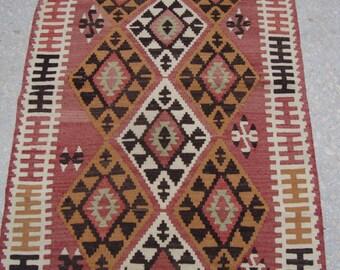 Kilim rug, Size is. 35x 56 inches / 90 x 143 cm., vintage rug, turkish kilim rug, area rug, colorful rug, pink rug, bohieman rug