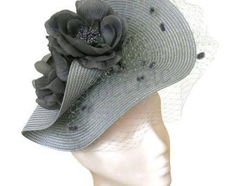 Grey veil fascinator with flowers, Gray Ascot hat, Grey wedding hat,Gray veiled hat,Grey flower hat,Grey Kentucky derby hat,Silver races hat
