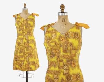 Vintage 60s SUN DRESS / 1960s Gold Tribal Hawaiian Print Cotton Bow Trim Sheath Dress  M - L