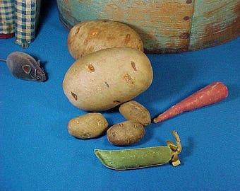 Antique Silk Figural Pea Pod  Sewing Emery, Handmade, Miniature Pin Cushion, Silk Vegetable