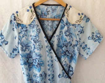 SALE womens wrap dress picnic style ladies adjustable in blue vintage floral print cotton size 18 breast feeding