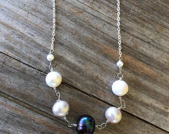 Wire Wrapped Black and White Freshwater Pearl Necklace, Sterling Silver necklace, Pearl Necklace, Gift for Mom, Gift for Her