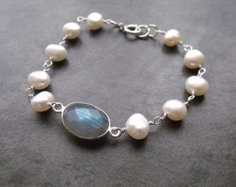 Labradorite and White Pearl Sterling Silver Chain Bracelet Labradorite Stacking Bracelet Gemstone Bracelet