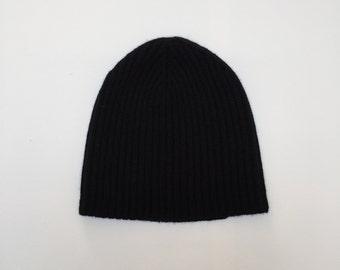Cashmere hat short handmade / cashmere has