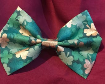 Green and Gold Clover Bow