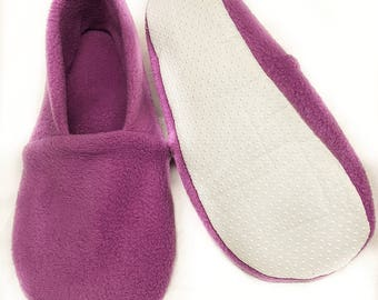 Adult slippers,Adult fleece Slippers,Bed Shoes,polar fleece slippers, travel slippers, airport shoes ,lightweight washable slipper
