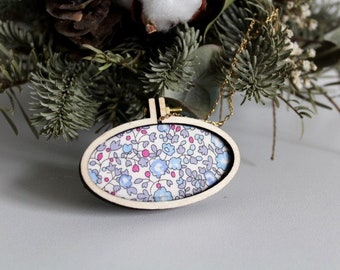 Embroidery embroidery hoop necklace