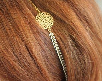 Headband head jewel chain white ears, floral applique in Golden, golden chain
