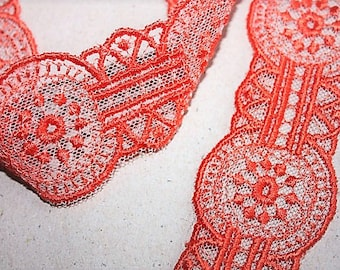 5 Yards = 4.57 Meters of Beautiful Embroidery Lace trim to altered your couture designs Dolls clothing's Costume Design Scrapbooking Sewing