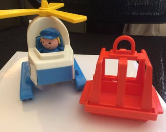 1985 Vintage Fisher Price Little People Air Lift Copter Helicopter 2449 Pieces
