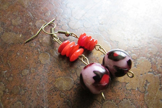 Fiery Cheetah Glass Antique Brass Dangle earrings