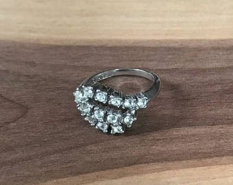 Vintage 18K Gold Electroplate And Rhinestone Ring Size 5